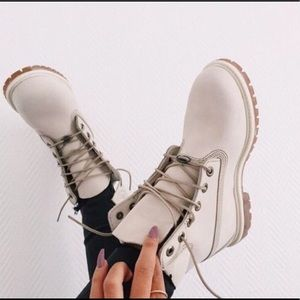 ONLYFORTODAYSALE White/cream limited edition timbs